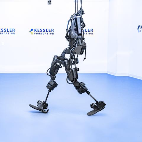 Exoskeleton equipment