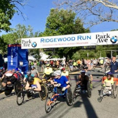 Photo of wheelchair 10K racers