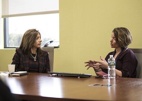 First lady of NJ sits with Nancy Chiaravalotti at RONIC visit